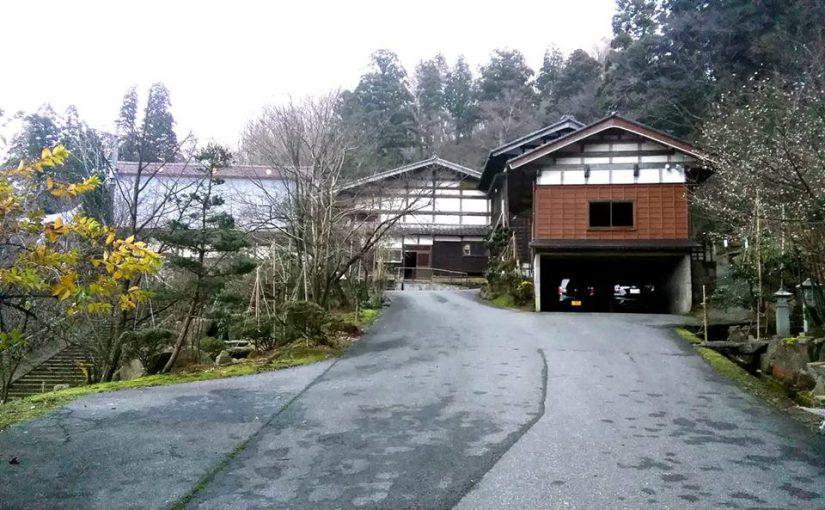 漢詩 12月21日 雪が無いので午後は掃き掃除です。