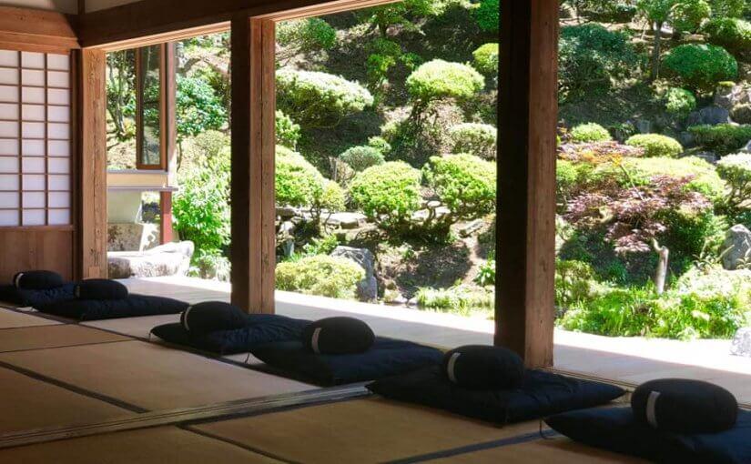7月27日 第四土曜日は午後1時半から坐禅会です。