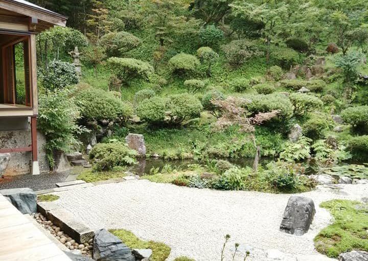 10月7日 今日は福島県から24人お食事付きの参詣者です。