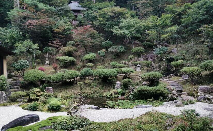 10月14日 午後3時に作業終了と同時に新潟市から31人の参拝観光客が滞在1時間。